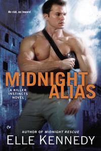 Review ~ Midnight Alias by Elle Kennedy @ellekennedy @SignetEclipse