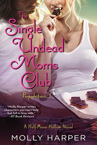 Review ~ The Single Undead Moms Club by Molly Harper @MollyHarperAuth