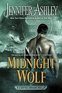 Review ~ Midnight Wolf by Jennifer Ashley @JennAllyson @BerkleyRomance